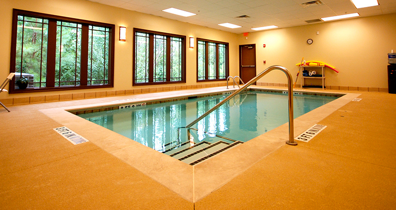Aquatic and physical therapy in Augusta Pain Center